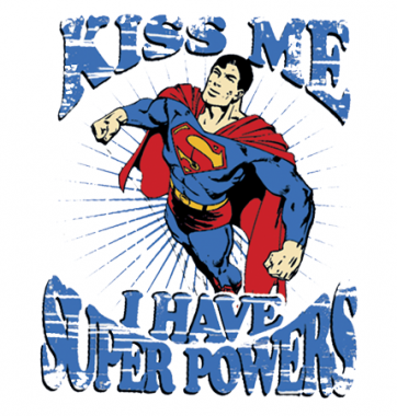 Футболка с принтом Kiss me I have Supers powers